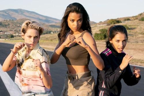 three women fighting